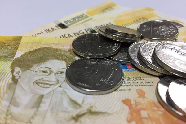 Peso drops vs the dollar on weaker-than-expected China GDP growth